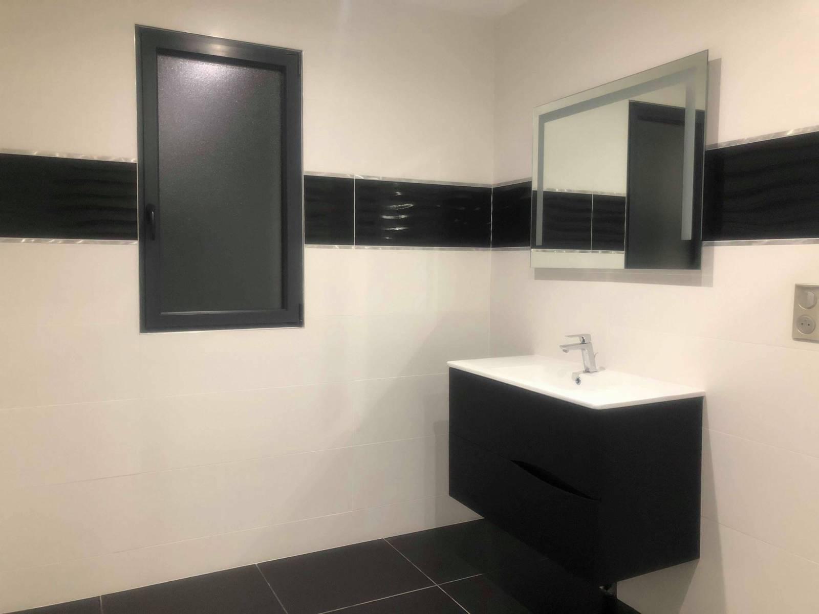 Création d\'une salle de bains en faïence à Saint Valery en ...